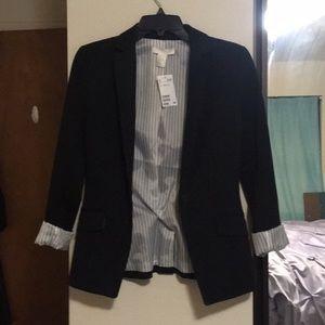 🆕 NWT H&M Black Blazer with pinstripes lining
